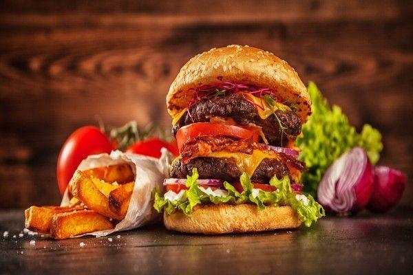 ハンバーガーで丸わかり。物価が為替レートを決めるワケ